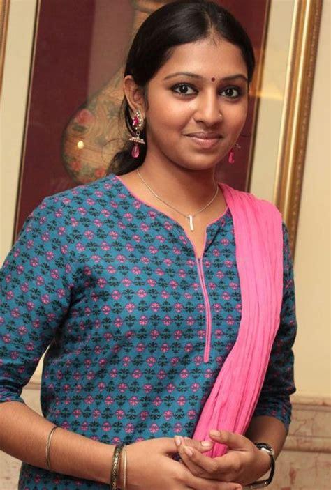 lakshmi menon bra size age weight height measurements