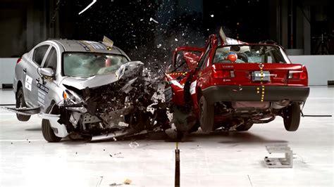 popular iihs crash test