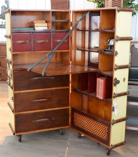 cabine bureau de cabine rangement petit bureau