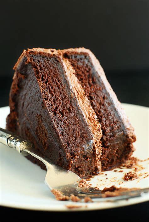 simple vegan chocolate cake minimalist baker recipes