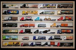 Sammlervitrinen Für Modellautos : v51 vitrine spur n setzkasten regal f r 32 mini truck modellautos h0 vitrinen holz ~ Whattoseeinmadrid.com Haus und Dekorationen