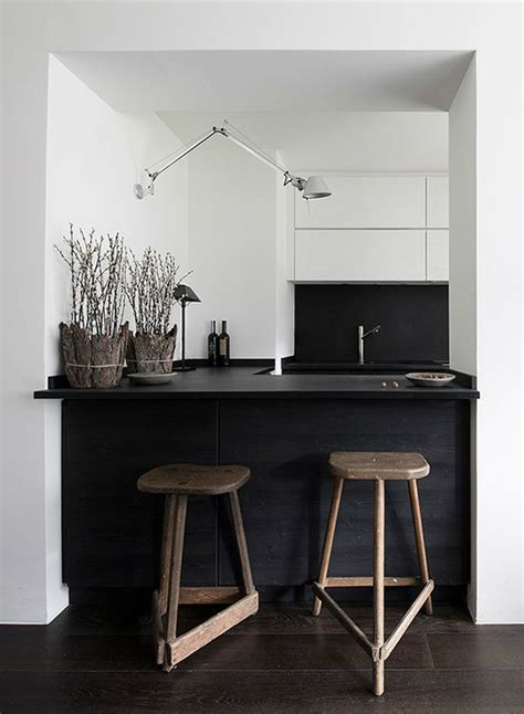 Black And White Kitchen Designs From Mobalpa by 33 Inspired Black And White Kitchen Designs Decoholic