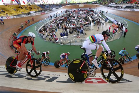 7 Reasons to Try Track Cycling - The Wannabe Racer