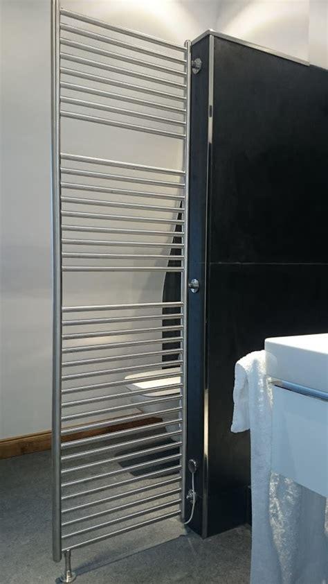 Heizkörper Als Raumteiler badheizk 214 rper als raumteiler in stabiler ausf 252 hrung