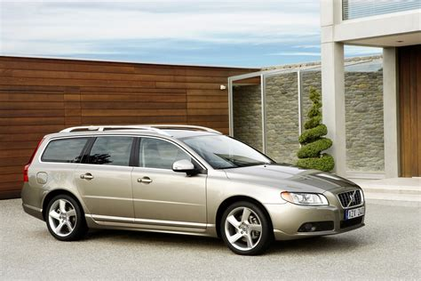 volvo group global the all new v70 more luxurious sportier and versatile