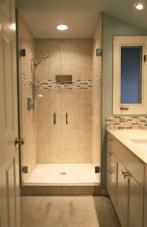 Small Bathroom Remodel Ideas by Best 25 Small Bathroom Ideas On Guest