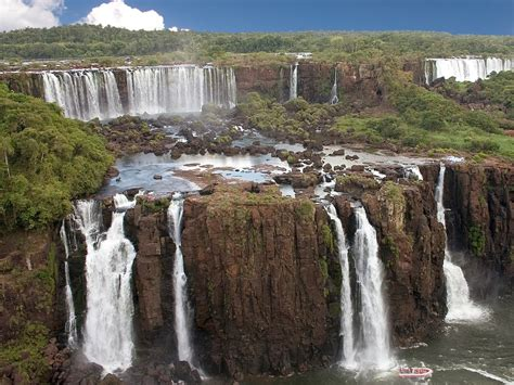 Iguazu Falls Argentina And Brazil Beautiful Places To