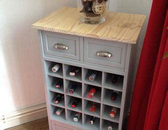 meuble haut cuisine avec porte coulissante comment créer un range bouteilles ou un casier à vin