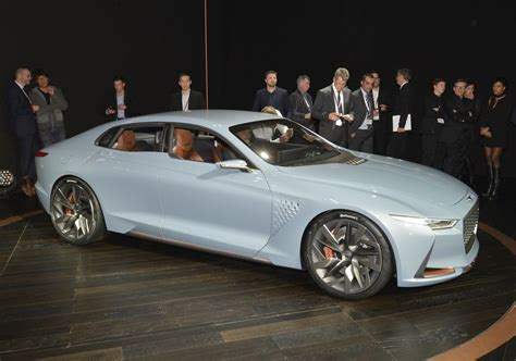 genesis previews  sport sedan   york concept