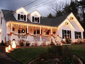 Stunning Outdoor Christmas Displays HGTV