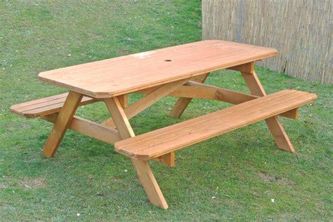 tavolo da giardino in legno tavoli in legno per giardino con panche tavolo da