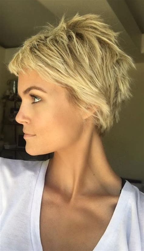 Hairstyles For Pixie Cuts by 17 And Gorgeous Pixie Haircut Ideas Pixie Haircut