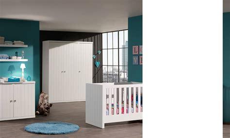 chambre à coucher bébé chambre à coucher bébé complète robinson coloris blanc laqué