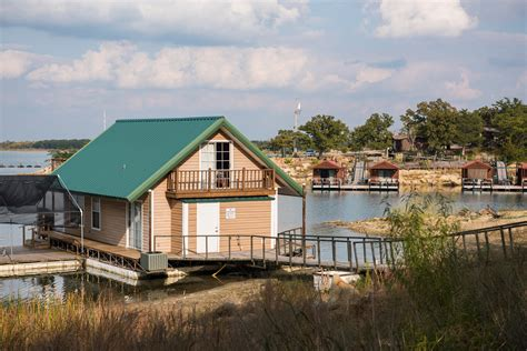 lake murray cabins lake murray floating cabins chickasaw country