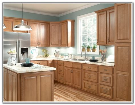 wood cabinet colors kitchen best color to paint a kitchen with light oak cabinets 1564