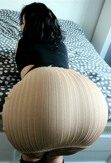 pin en big booty