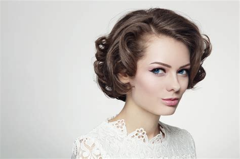 How To 60s Hairstyles by Vintage 60s Hairstyles How To Re Create 2 Iconic Styles