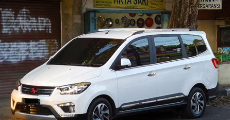 Wuling Confero Backgrounds by Lowongan Kerja Marketing Executive Mobil Wuling Loker Jog
