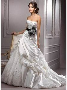 White wedding dress dream meaning wedding dress ideas for Origin of white wedding dress