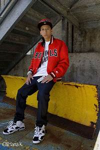 Angel Sanchez - New Era Fitted Cap Starter Vintage Bulls Jacket G Shock White G Shock White ...