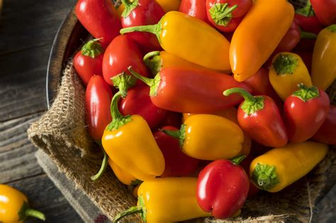 What Are Sweet Peppers? - PepperScale