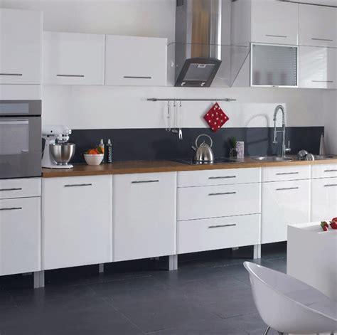quelle couleur de credence pour cuisine blanche carrelage pour cuisine blanche cuisine sol blanc
