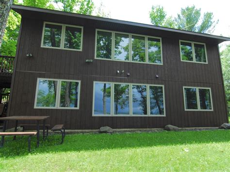 nelson lake escape dogs  sleeps  nice walkout rambler private vacation home hayward