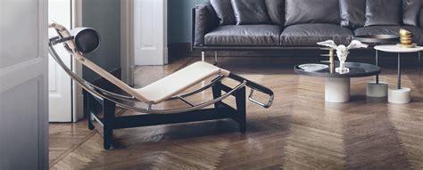 chaise longue design lc4 cp cassina louis vuitton