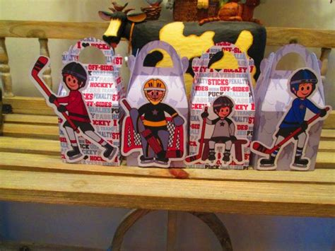 Hockey Player Gable Favor Boxes Set Of 12