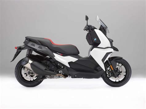 Bmw C 400 X Modification by 2018 Bmw C400x Review Total Motorcycle