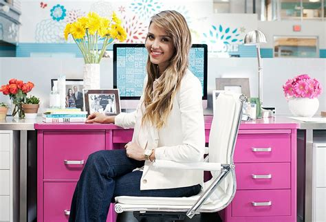 actress jessica the office jessica alba decorating style at the honest company hq