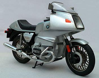 motos en miniature
