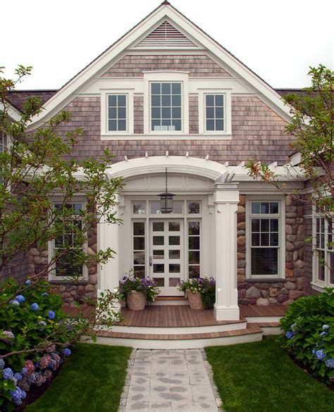 nantucket residence front entry style exterior