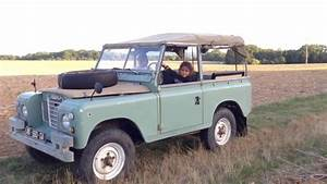 A New Land Rover At Home   88 Serie 3 1976
