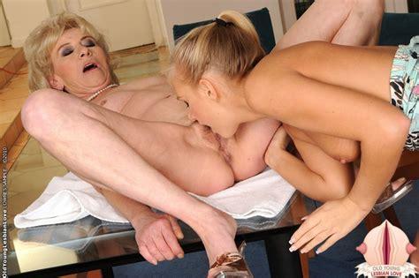 Margarette And Barbie White Having Lesbian Sex