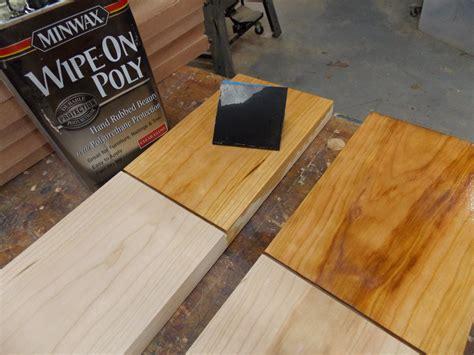 applying minwax polyurethane to hardwood floors minwax professional woodworking tips from bruce
