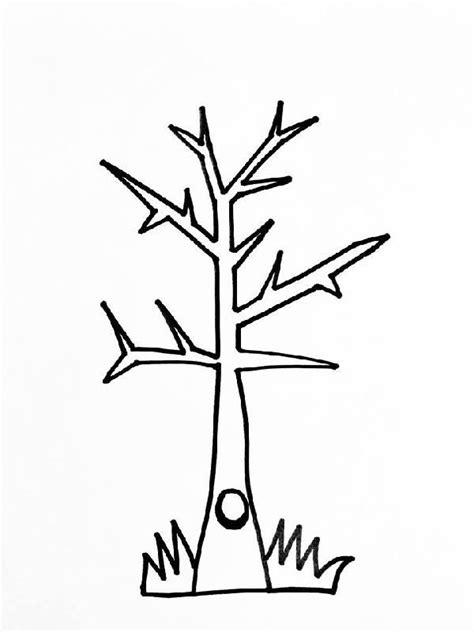 Bomen Kleurplaten by Bomen Kleurplaat Om Vingerafdrukjes Op Te Schilderen De