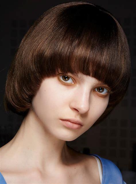 See more ideas about krótkie fryzury, fryzury, krótkie włosy. Krótkie fryzury: na pazia - Krótkie fryzury 2021: katalog fryzur dla krótkich włosów (dużo zdjęć ...