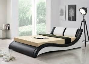 beautiful italian designer bed in double and king size