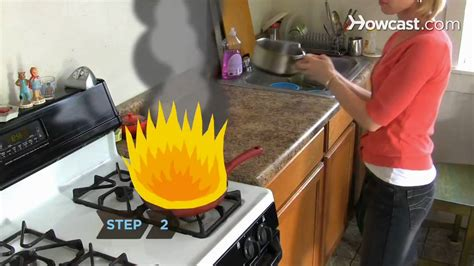 how to get grease out of kitchen cabinets how to put out a grease 9744