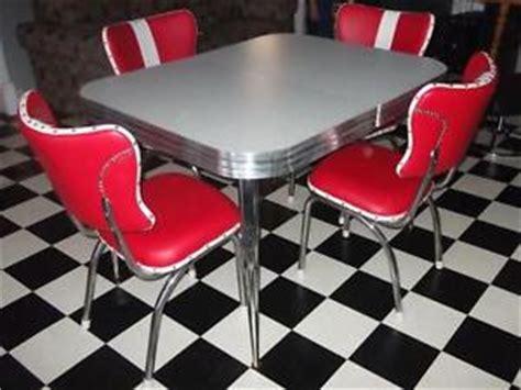 set de cuisine kijiji set de cuisine retro vintage 50 39 s mobilier de salle à