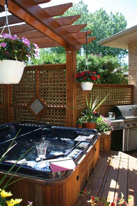 Backyard Tub by Best 25 Tub Pergola Ideas On Deck Canopy