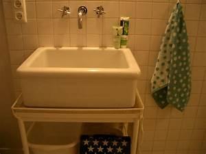 Waschbecken Verstopft Wasser Steht : waschbecken gros und tief breit stinkt schwa keramik mit granit steht waschbeckenstopsel ~ Bigdaddyawards.com Haus und Dekorationen