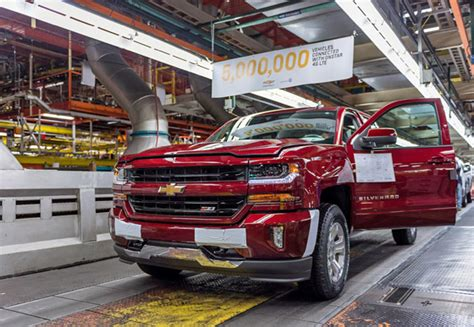 gm pickup plant wins jd power award pickuptruckscom news
