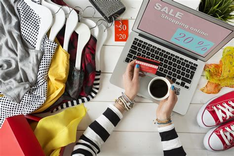 7 Tips and Tricks for Effective Online Clothes Shopping