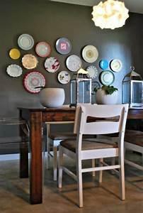 Deko Küche Wand : wandteller deko tolle wandgestaltung in der k che ~ Whattoseeinmadrid.com Haus und Dekorationen