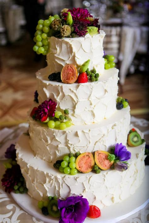 cakes decorated with fruit fruit and flower decorated cake