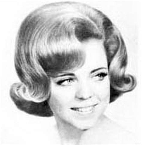 Popular Hairstyles In The 60s by 1960 Hairstyles For