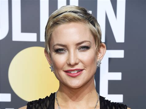 Kate Hudson debuted a new pixie cut at the Golden Globes