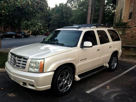find  cadillac escalade  pearl white  row bose